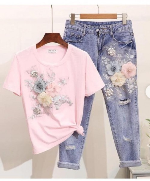 I want this type of jeans and top - SeenIt