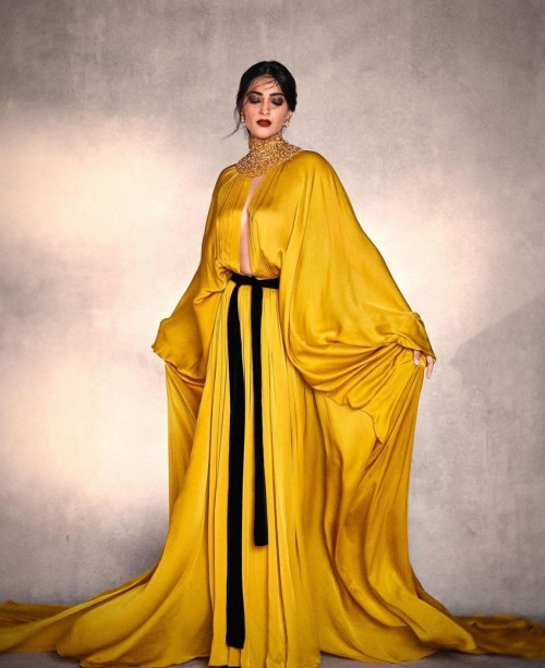 Yay or nay? Sonam Kapoor seen wearing a yellow mustard drape outfit recently - SeenIt