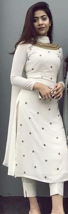 I want same dress plzz help me 🙏 - SeenIt