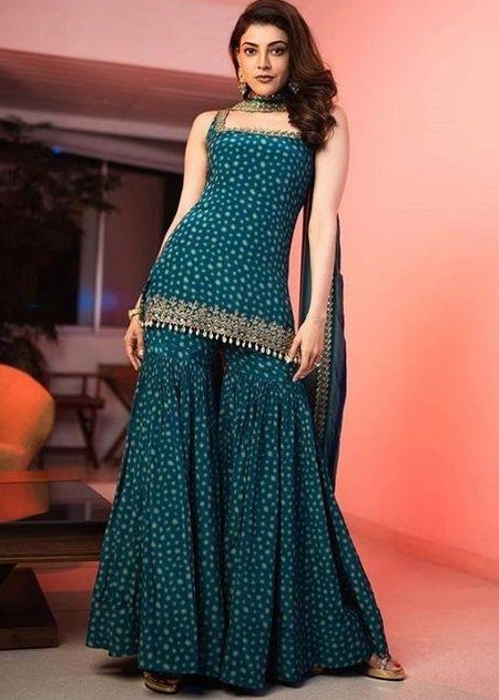 I'm looking for a sharara suit just like this! Please connect immediately if available. - SeenIt