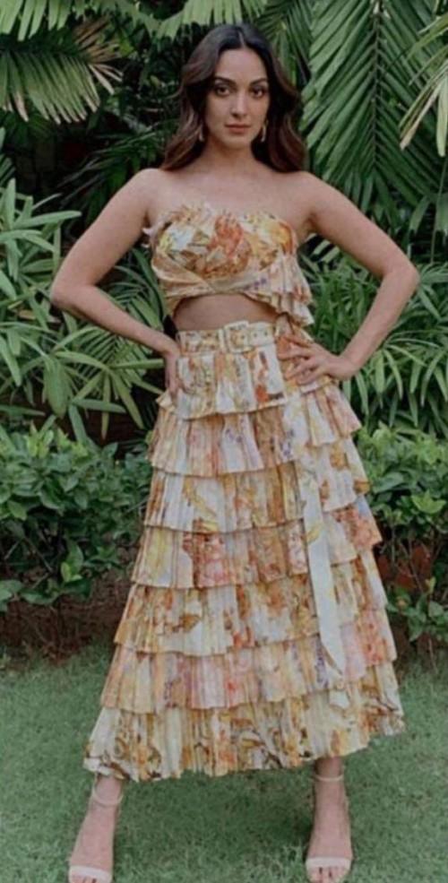 Kiara Advani's frill printed dress please - SeenIt
