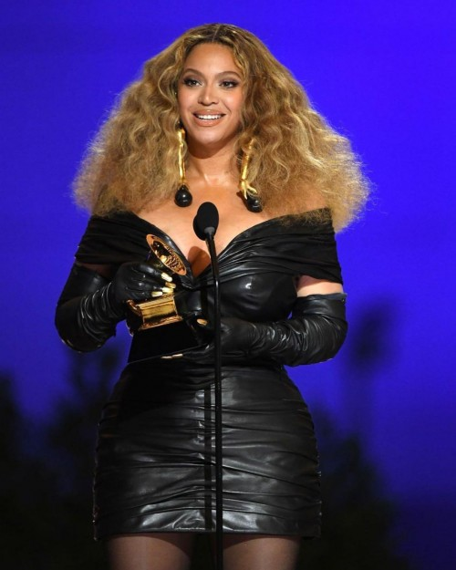 Yay or nay? Beyonce attends the Grammys 2021 wearing a black leather dress by Schiaparelli - SeenIt