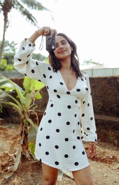 Similar white polka dot dress, please - SeenIt