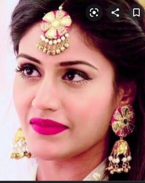 looking for this earrings and maangtika worn by Surbhi Chandna in Ishqbaaz - SeenIt