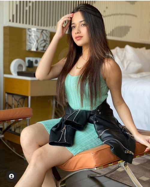 same dress like jannat - SeenIt