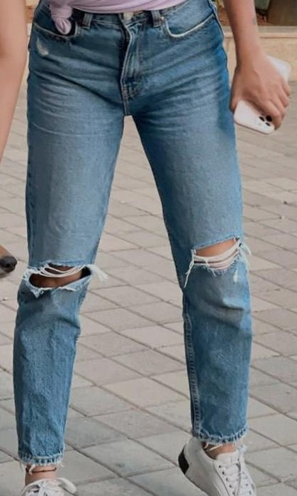 I am looking for this exact jeans. . - SeenIt