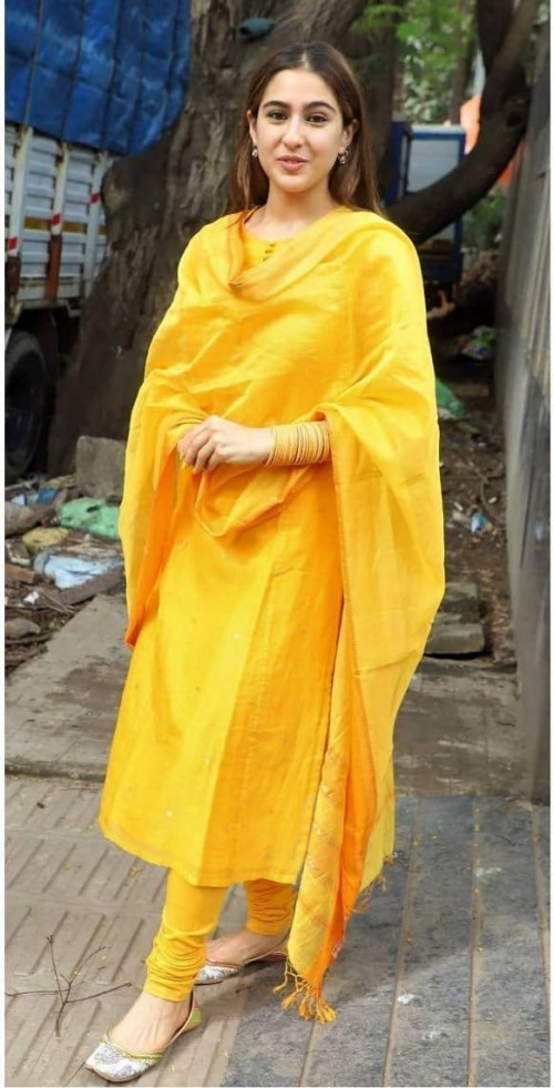 Sara Ali Khan's yellow plain suit please - SeenIt