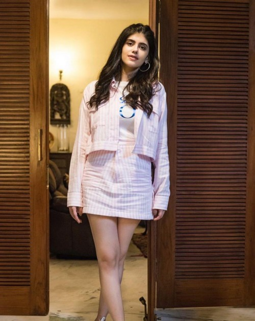 Looking for a similar pink striped outfit like Sanjana Sanghi is seen wearing - SeenIt