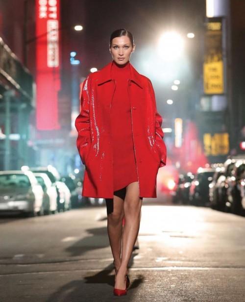 Yay or nay? Gigi Hadid walks the ramp for Michael Kors at the Times Square - SeenIt