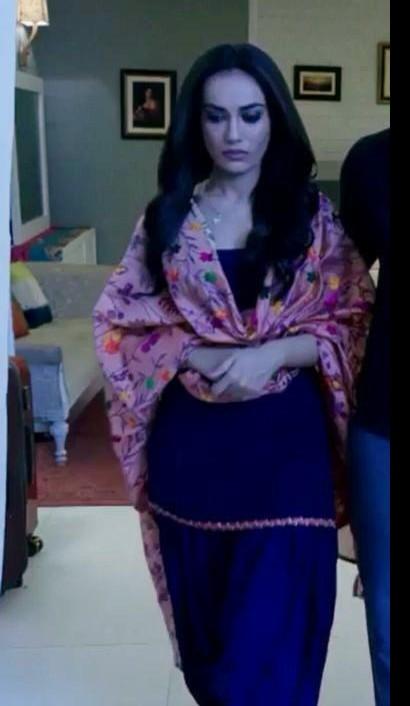 I am looking for a similar sut Salwar dress with surbhi jyoti - SeenIt