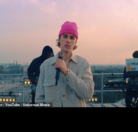 I'm looking for a similar jacket like justin bieber - SeenIt