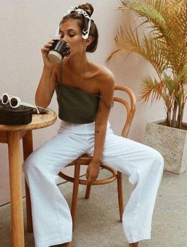 Help me find these similar white pants - SeenIt