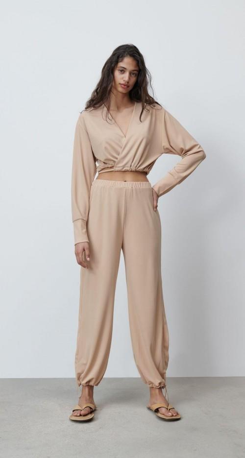 Please help me find this beige loungewear set - SeenIt