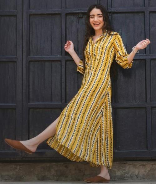 A similar yellow printed shirt dress, please - SeenIt