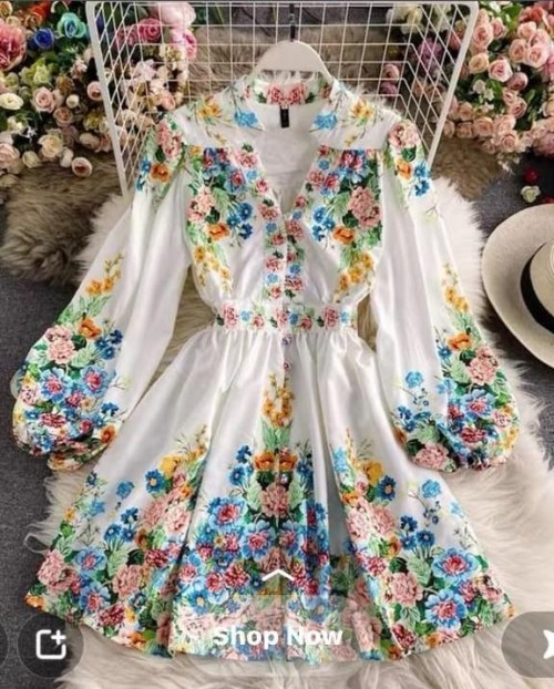looking for the same dress - SeenIt