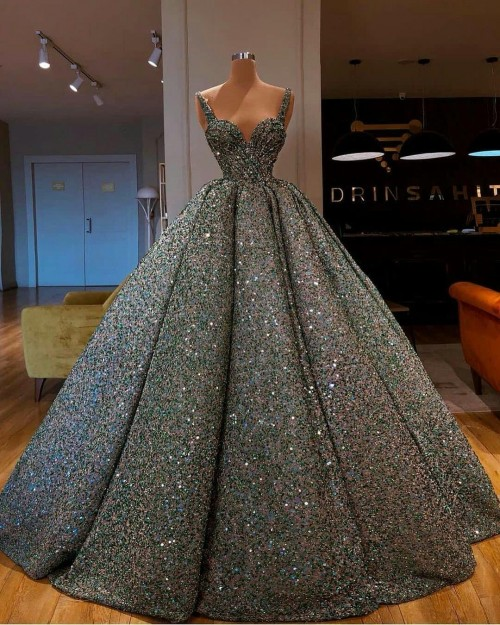 this gown - SeenIt