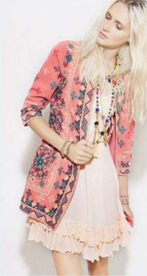 please i want this jacket and dress and accessories - SeenIt