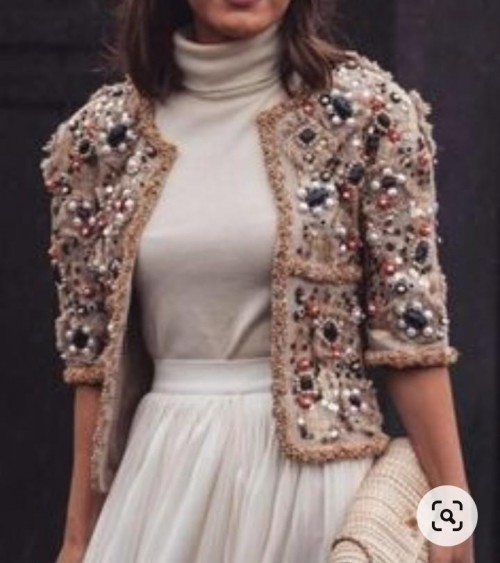 please please please pleasee find me the jacket and top please - SeenIt