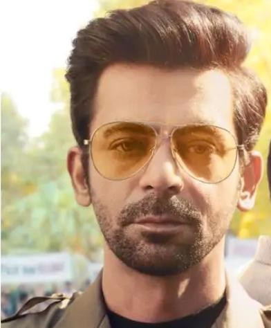 I am looking for similar sunglass frame Sunil Grover wore in the tandav tv series. - SeenIt