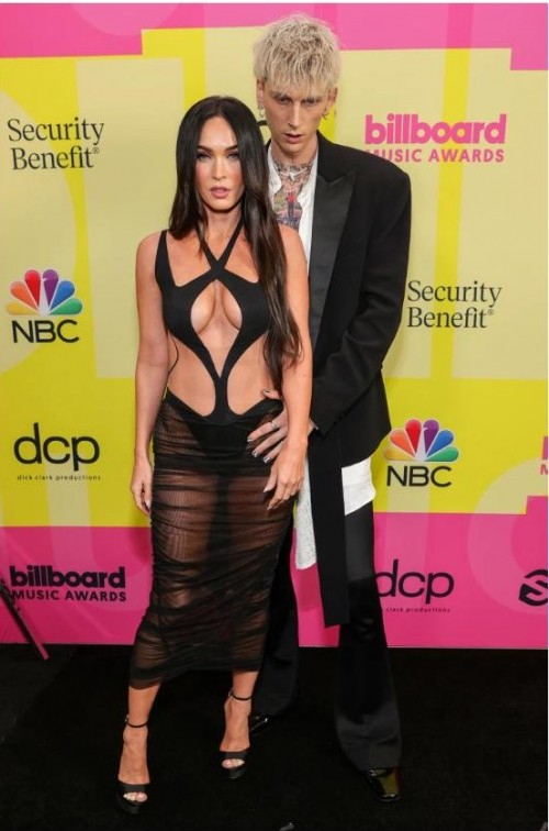 Yay or nay? Machine Gunkelly and Megan Fox attend the Billboard music awards 2021 - SeenIt