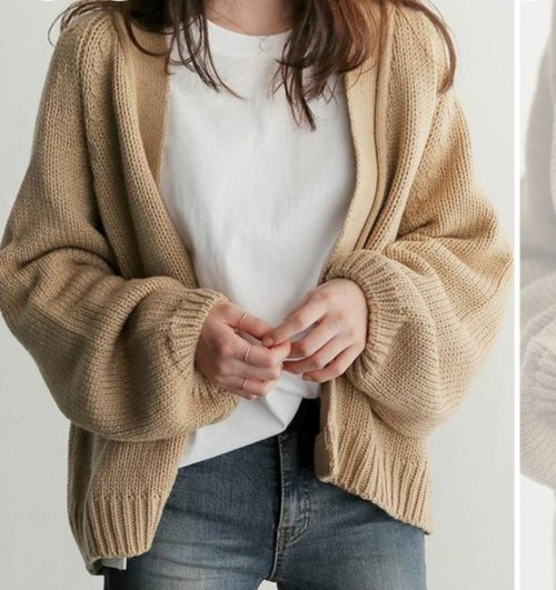 i want this sweater with the top please - SeenIt