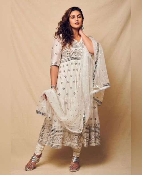 Yay or nay? Huma Qureshi seen wearing an off white embroidered suit recently - SeenIt