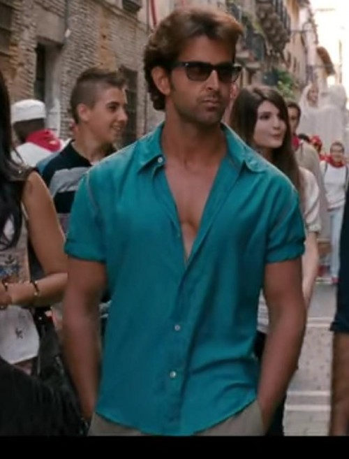looking for the same shirt like hrithik roshan is wearing - SeenIt
