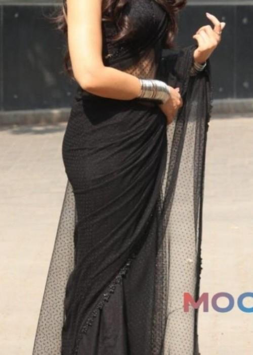 I am looking for similar saree - SeenIt