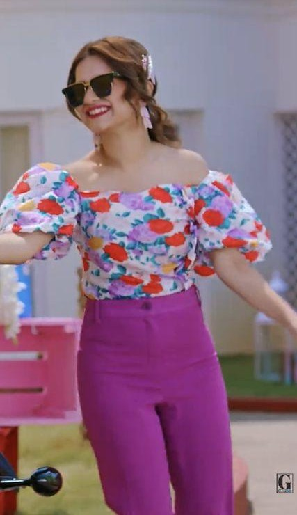 looking for the same top, trouser, sunglasses and earrings - SeenIt