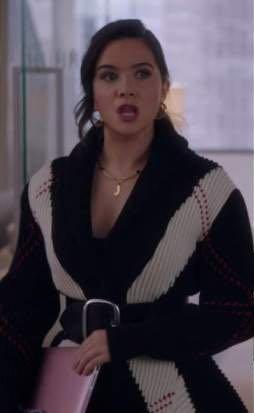 Jane Sloan's black and white cardigan please - SeenIt