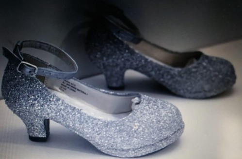 where can I get these sandals for women ?? - SeenIt