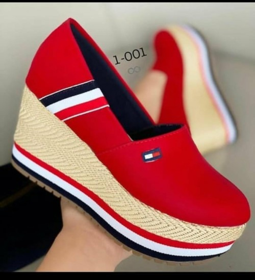 similar shoes - SeenIt