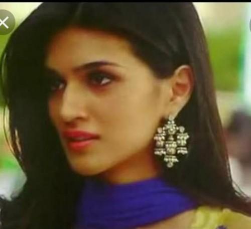 looking for this earrings worn by Kriti Sanon in Heropanti - SeenIt