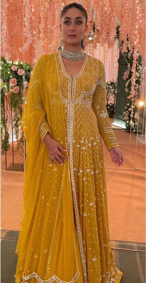 Looking for a similar outfit like Kareena Kapoor is seen wearing - SeenIt