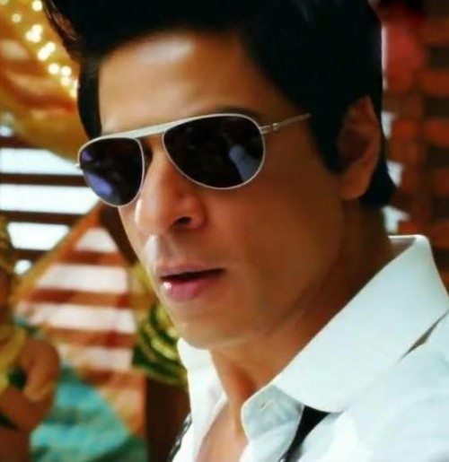 Need exact same Goggles..(with exact same frame)(You can refer to Chammak Challo and Raftaarein songs on YouTube - SeenIt