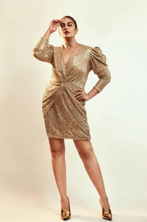 Huma Qureshi's golden sequin short dress please - SeenIt