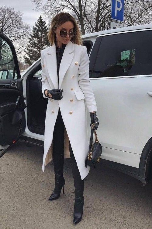 Looking for the same white coat and purse. - SeenIt