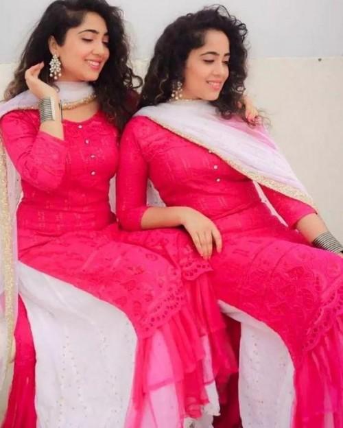 I want same dress chinki minki - SeenIt