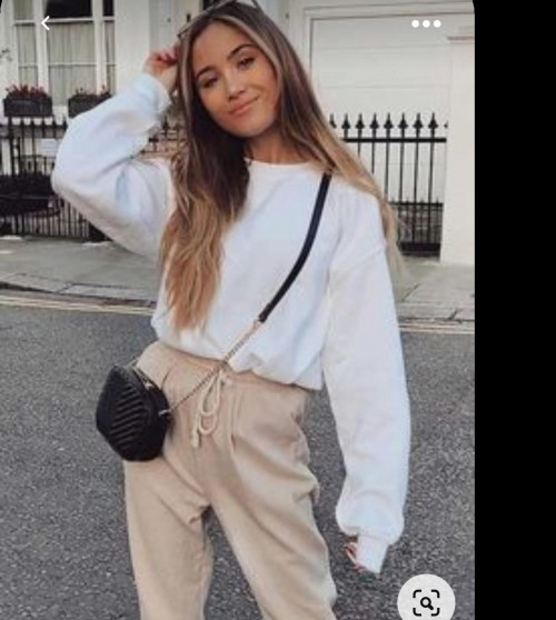 I'm looking for this similar outfit - SeenIt