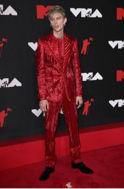 Yay or nay? Machine Gun Kelly attends the MTV Video Music Awards in New York City - SeenIt