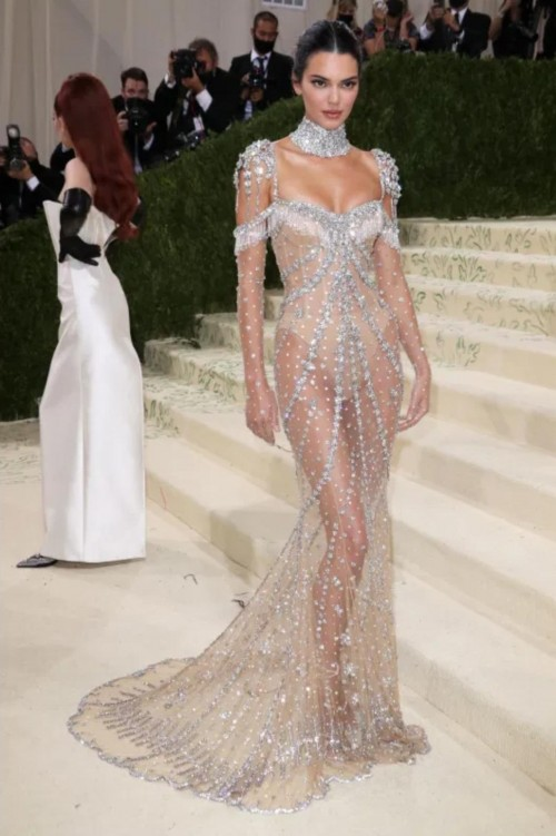 Yay or nay? Kendall Jenner attends the MetGala 2021 wearing Givenchy - SeenIt