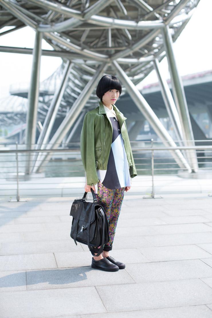 C21_SHENTONISTA-The_Beaming_Girl-Aiwei-Teacher-Top_3.1_Phillip_Lim-Pants_3.1_Phillip_Lim-Jacket_3.1_Phillip_Lim-Bag_Proenza_Schouler