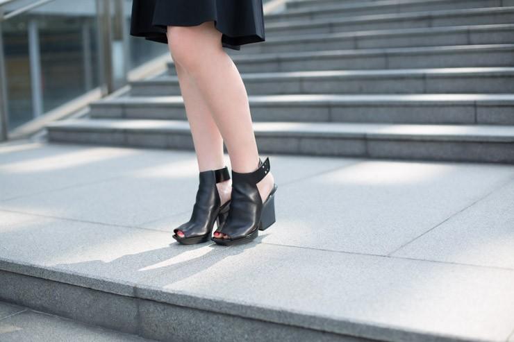 C21_SHENTONISTA-Ciao_Bella-Bella-Entrepreneur-Singapore-Jacket_Proenza_Schouler-Pants_Proenza_Schouler-Bag_Proenza_Schouler-Cuffs_Proenza_Schouler-2