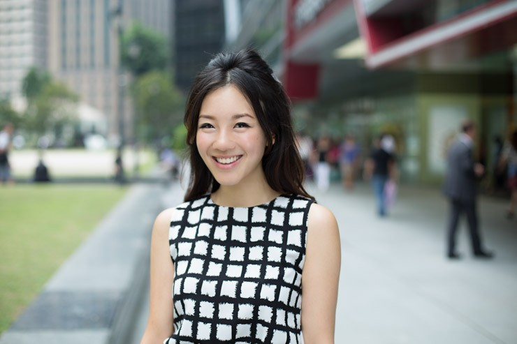 The_Business_Times_SHENTONISTA-All_Boxes_Checked-Samantha-Banking-Singapore-Skirt_HM-4