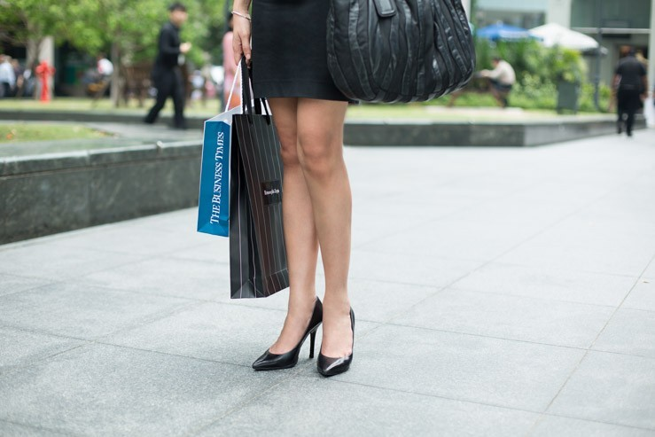 The_Business_Times_SHENTONISTA-High_Spirits-Farah-Manager-Singapore-Dress_ZARA-Bracelet_Pandora-3