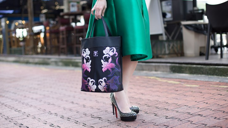 UOB_Cards_SHENTONISTA-Evergreen-Viola-Entrepreneur-Bag_Anna_Sui-Top_Love_Bonito-Skirt_Love_Bonito-Shoes_Christian_Louboutin-2