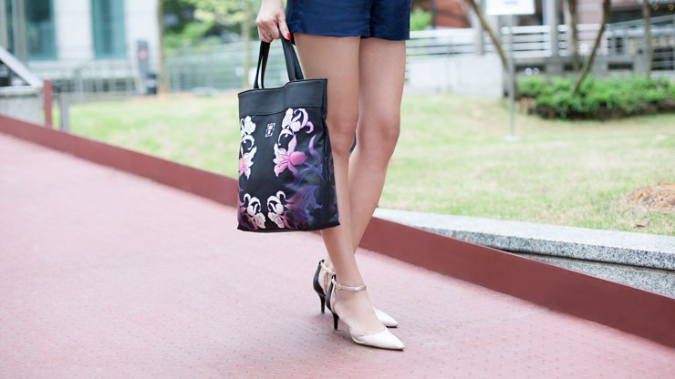 UOB_Cards_SHENTONISTA-Up_And_On-Celeste-Entrepreneur-Singapore-Shoes_Nine_West-Bag_Anna_Sui-2