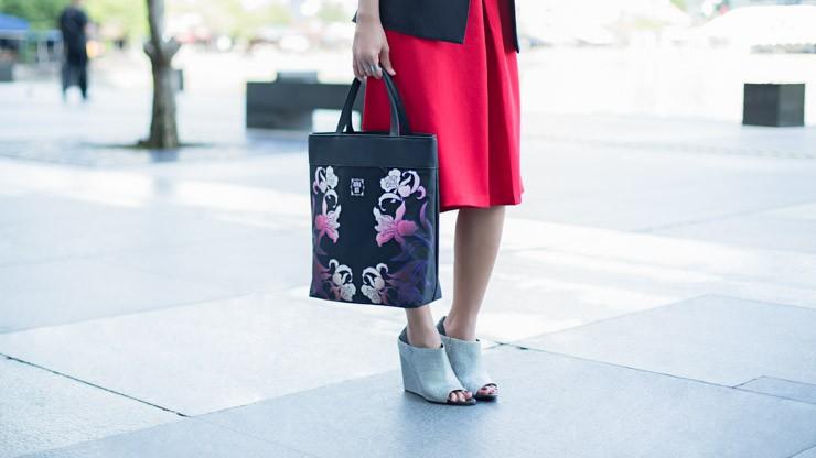 UOB_Cards_SHENTONISTA-Painting_The_Town-Rachel-Entrepreneur-Bag_Anna_Sui-Romper_Love_Bonito-Vest_Love_Bonito-Shoes_Alexander_Wang-3