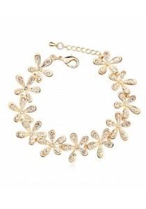 Smile Blossoming Champagne Bracelet