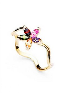 Elegant Flower Crystal Ring (Size 10)